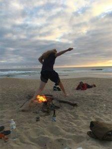 Sprung übers Feuer
